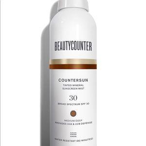 Beautycounter tinted mineral sunscreen mist